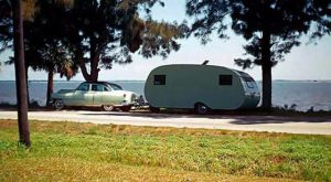 Camping in the Old Days: 20 Fascinating Color Photographs of Travel Trailers and Motorhome...