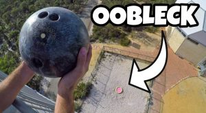 BOWLING BALL Vs. OOBLECK from m!