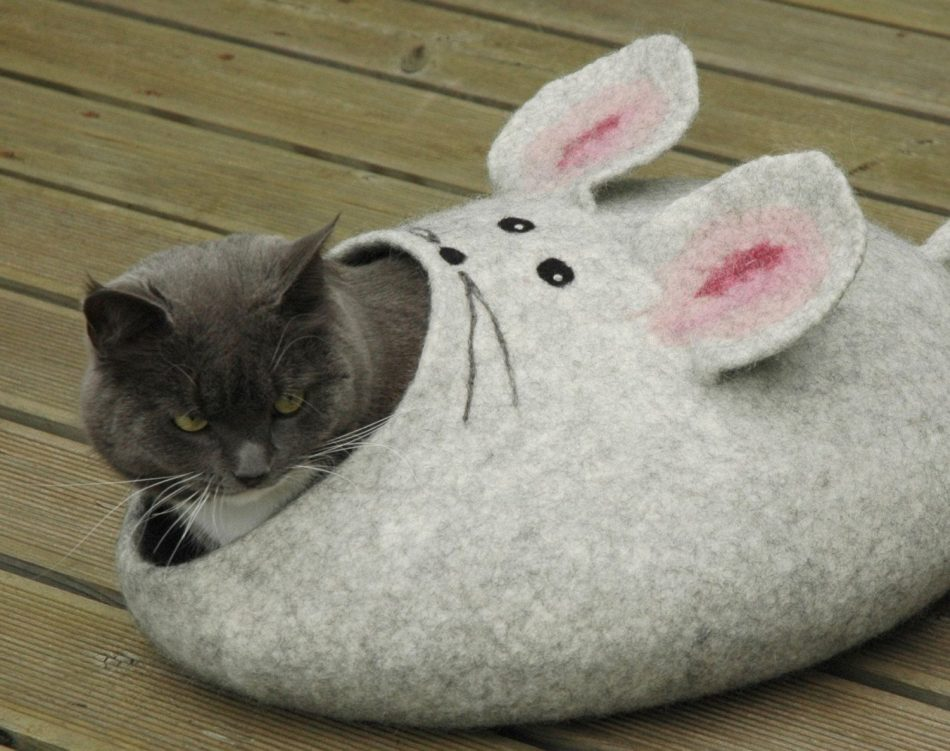 Felted Cat mouse bed/ cat cave/ house/ basket S-XL by WoolArt on Etsy